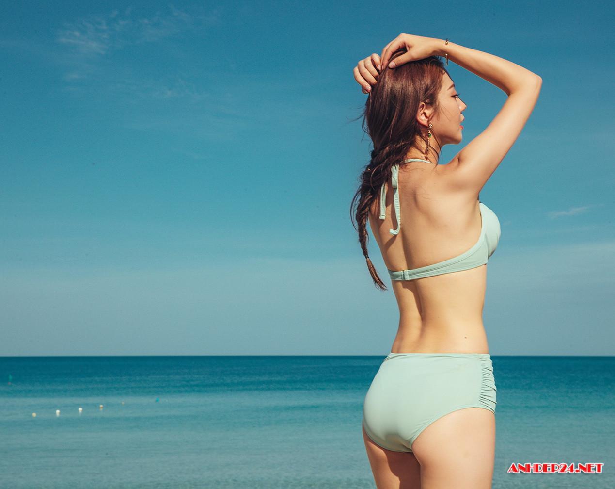 Người đẹp Lee Chae Eun khoe đường cong nuột nà với bikini - Hình 14