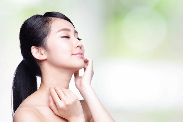 Những chiêu thức cải thiện giúp bạn có làn da trắng mịn không tỳ vết - Hình 2