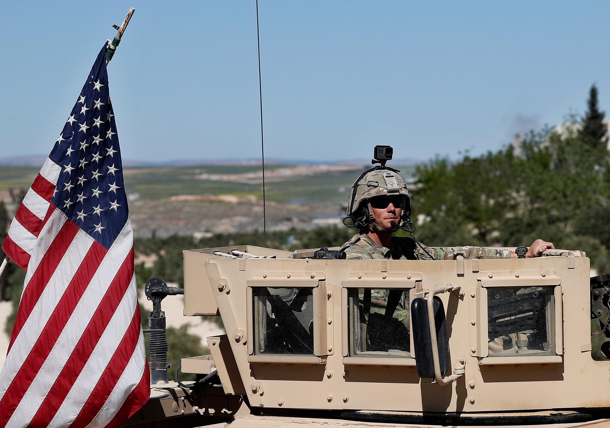 Tướng Iran chỉ ra lý do Trump buộc phải rút quân khỏi Syria - Hình 1