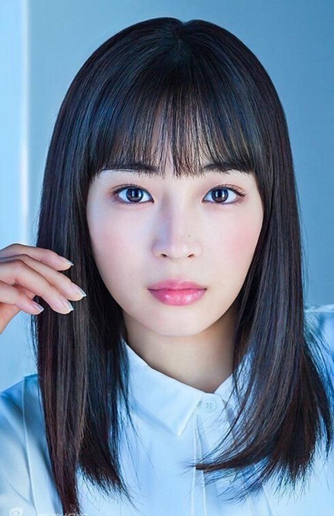 Bất ngờ với nhan sắc cô gái đứng đầu bảng Đẹp tự nhiên nhất Nhật Bản - Hình 2