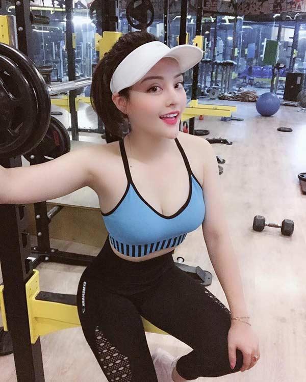 Cô gái Hà Tĩnh lột xác từ nàng béo thành hot girl kem xôi có 3 vòng đồ sộ - Hình 8