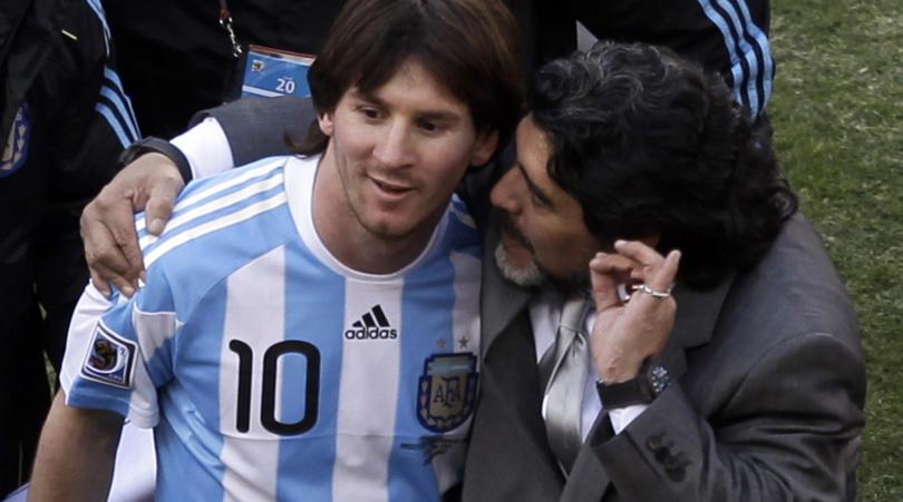 Maradona: Tôi yêu Messi nhưng cậu ấy không đủ khả năng - Hình 1