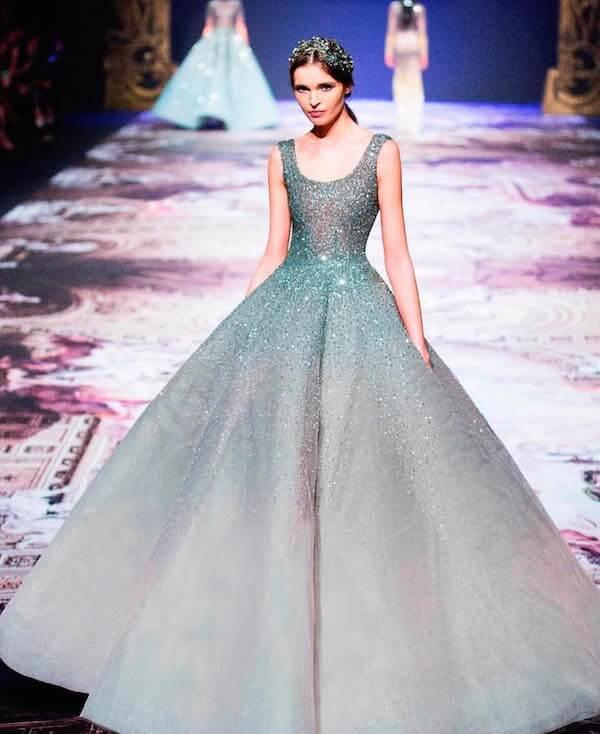 Váy cưới màu xanh ngọc cực đẹp cô dâu không thể rời mắt - Hình 16