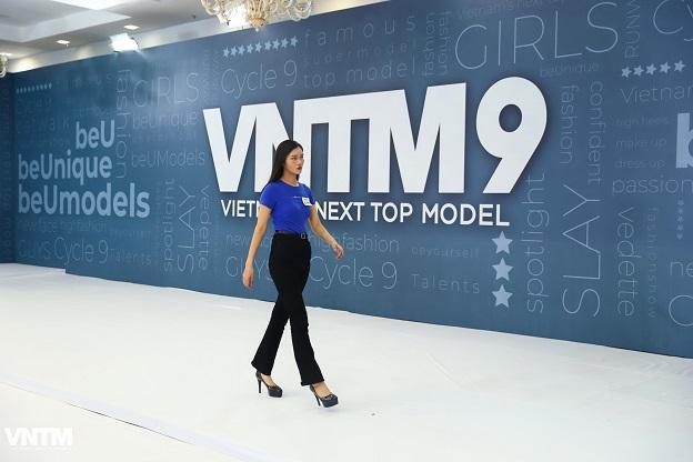 Vietnam's Next Top Model 2019: Nira (Chiếc lá cuốn bay), thỏ ngọc cùng ninja lead len lỏi sàn runway vòng casting phía Bắc  - Hình 12