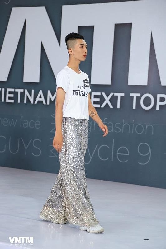 Vietnam's Next Top Model 2019: Nira (Chiếc lá cuốn bay), thỏ ngọc cùng ninja lead len lỏi sàn runway vòng casting phía Bắc  - Hình 2