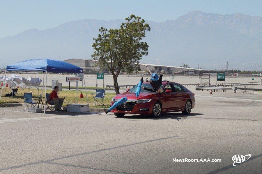 Toyota Camry và Honda Accord bị AAA chê vì thể hiện kém trong bài kiểm tra tình huống giao thông - Hình 1