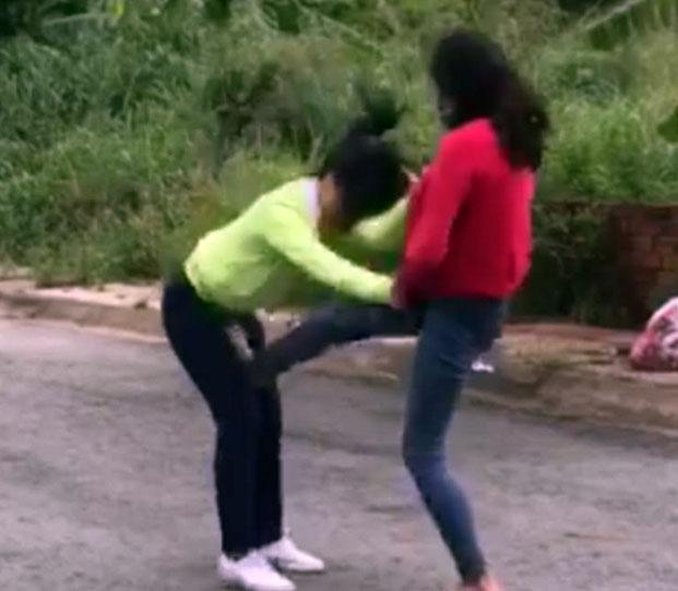 Xác minh clip 2 nữ sinh đánh nhau - Hình 1