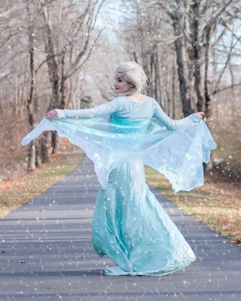 Elsa dịu dàng thuần khiết trong sắc trời thu - Hình 1