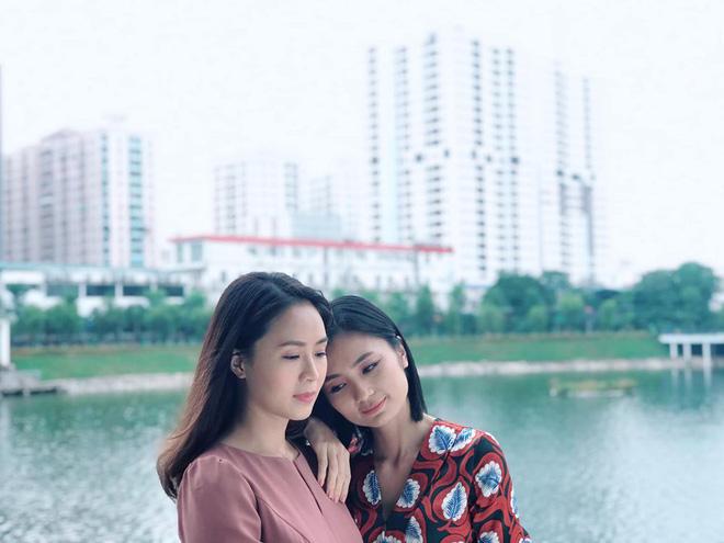 Khuê (Hoa Hồng Trên Ngực Trái) rủ San về chung nhà và tuyên bố: Chỉ có phụ nữ mới đem lại hạnh phúc cho nhau? - Hình 2