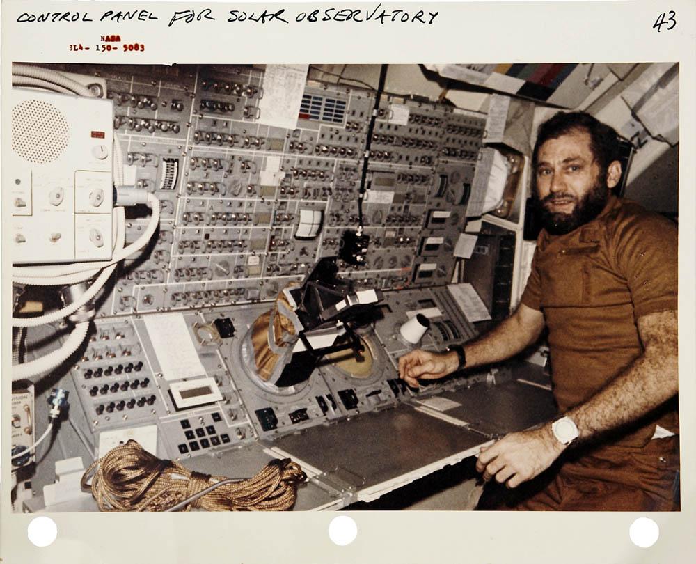 10 mẫu đồng hồ nổi tiếng nhất lịch sử du hành vũ trụ (P2) - Hình 2