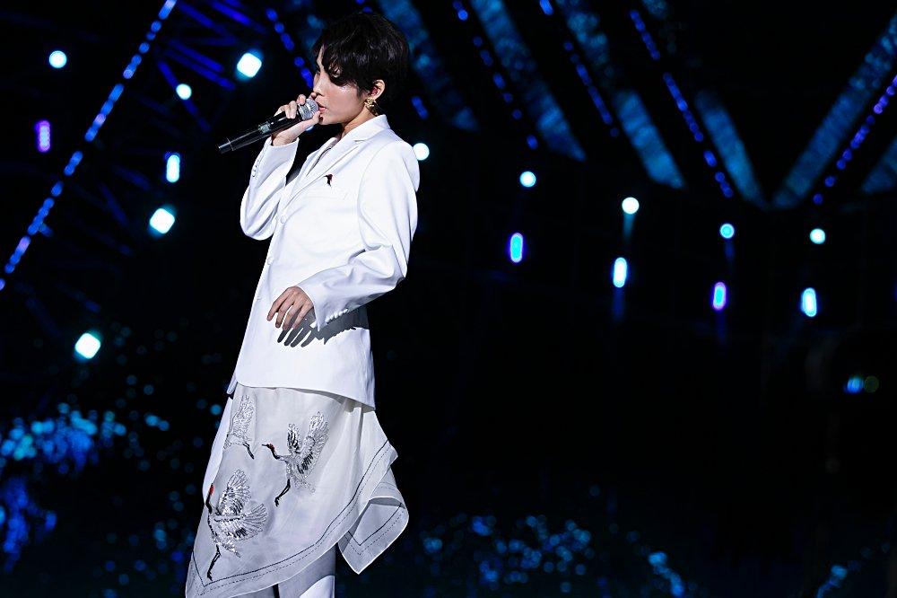 Fan Việt chê bai nhưng khán giả người Mỹ lại khóc khi xem Vũ Cát Tường trình diễn tại Asia Song Festival - Hình 2