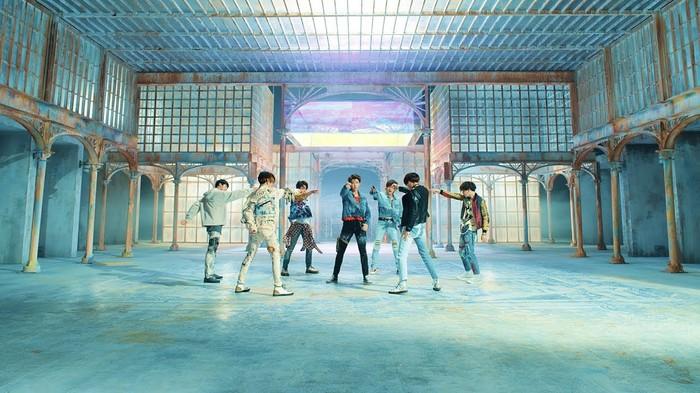 Fake Love trở thành MV thứ 3 của BTS đạt được cột mốc khủng này - Hình 1