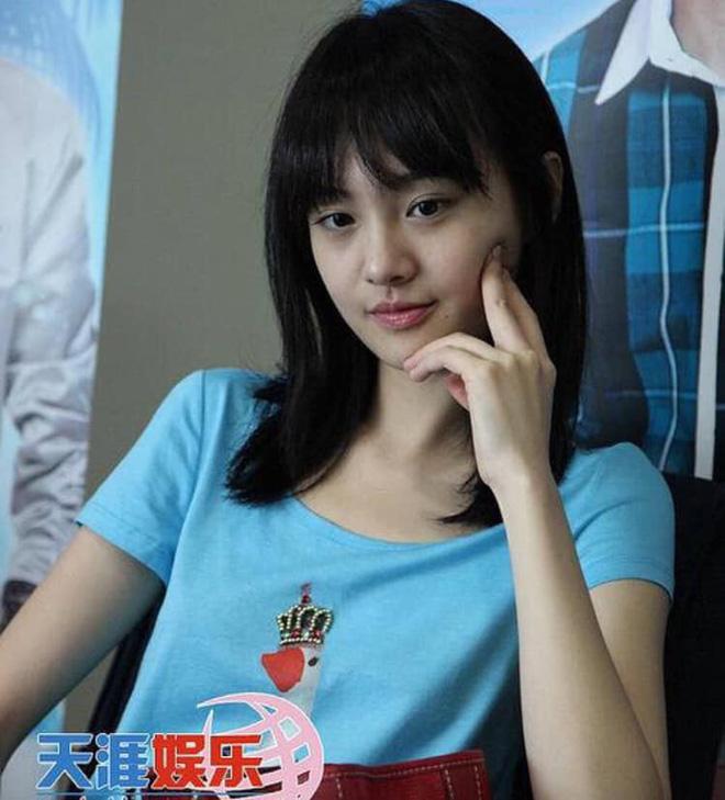 Giật mình điểm chung của 2 nàng cỏ Trung - Hàn: Nhan sắc hack tuổi, từng bị đá và thích tạo drama hậu chia tay - Hình 2