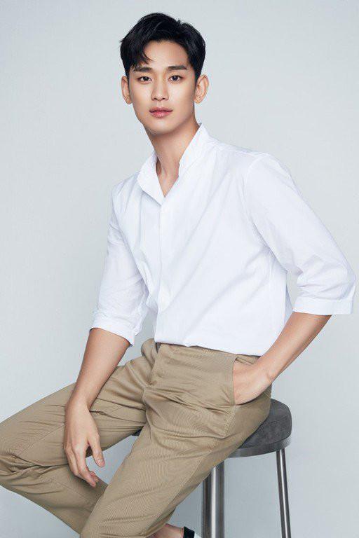 Kim Soo Hyun đại diện thương hiệu làm đẹp - Ji Chang Wook đẹp rạng ngời trên vlog - Hình 2