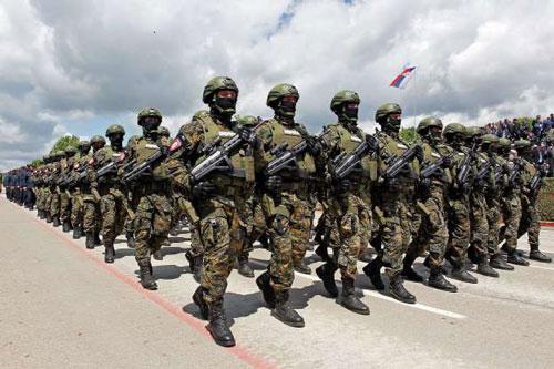 Quân phục quốc gia nào thiết kế đẹp, hầm hố nhất thế giới? - Hình 1