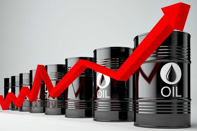 Đầu tuần, giá xăng dầu tăng vọt - Hình 1
