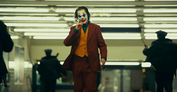 Joker vẫn đang làm mưa làm gió tại rạp chiếu, có khả năng trở thành phim chất nhất mùa thu năm nay - Hình 1