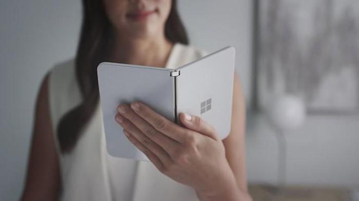 Không phải tablet, smartphone màn hình gập sẽ thay thế laptop - Hình 1