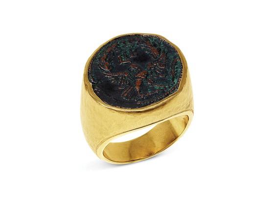 Nhẫn signet đậm chất quý tộc - Hình 3
