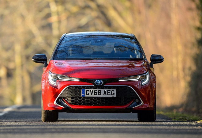 Thêm an toàn và tiện nghi, Toyota Corolla 2020 khởi điểm từ 15.843 USD - Hình 1