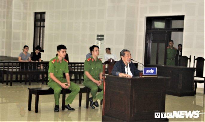 Cụ ông làm giả văn bản UBND TP Đà Nẵng lừa bán 48 lô đất, chiếm đoạt hơn 23 tỷ đồng - Hình 2