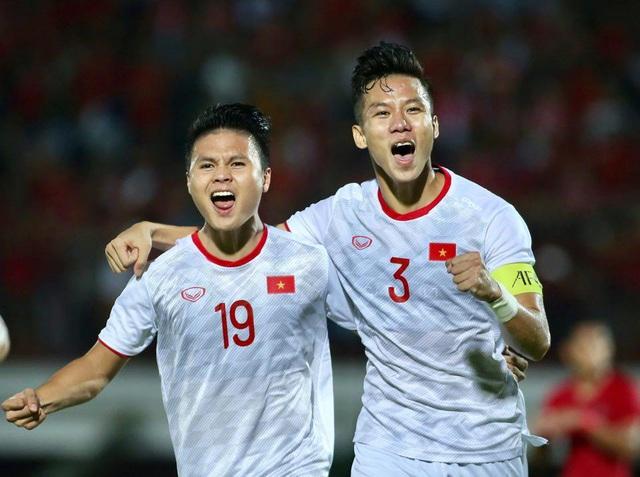 Đội tuyển Việt Nam nhận thưởng nóng 800 triệu đồng, lên đường về nước - Hình 1
