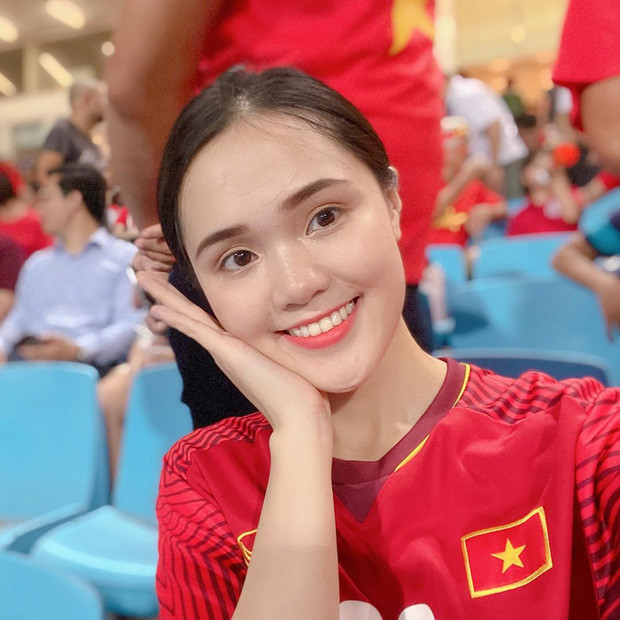 Hotgirl Quỳnh Anh khiến dân mạng bất ngờ khi tiên tri đúng bạn trai Duy Mạnh là người mở tỉ số trận Việt Nam - Indonesia - Hình 2