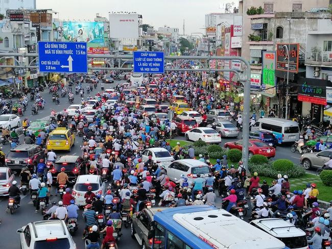 Kiểm soát xe máy quá đát ở TP Hồ Chí Minh để giảm ô nhiễm môi trường - Hình 1