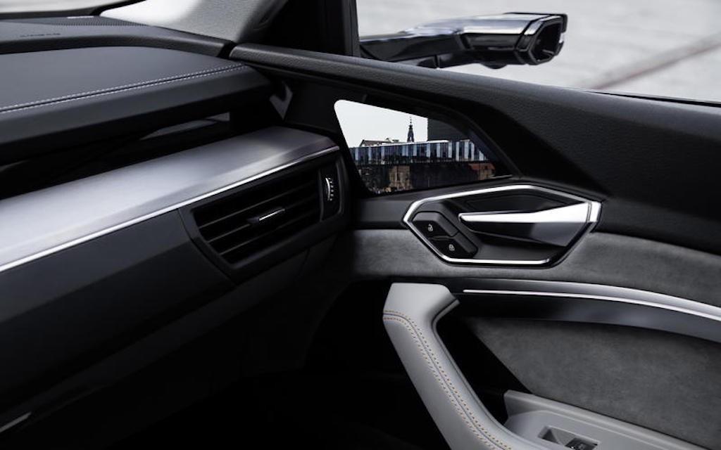 Nhìn vào những công nghệ này để thấy xe hơi đã lột xác thế nào trong 10 năm qua (phần II) - Hình 2