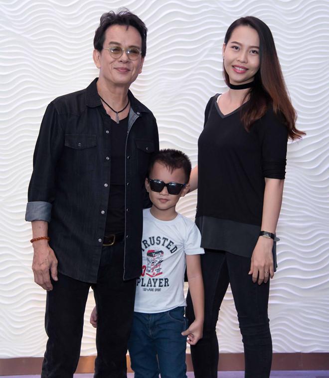 Những sao Việt lên chức khi ở tuổi cha già con mọn - Hình 1