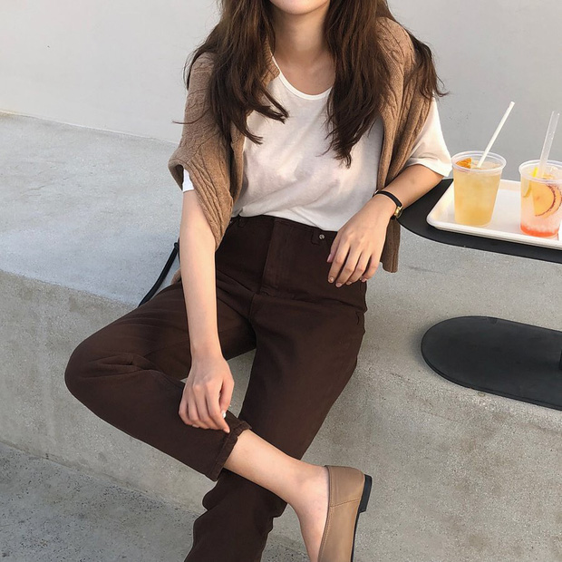 10 ý tưởng phối layer ngày se lạnh của hot girl Hàn: chỉ cần diện y chang là bạn có ngay vẻ sang xịn ao ước - Hình 4