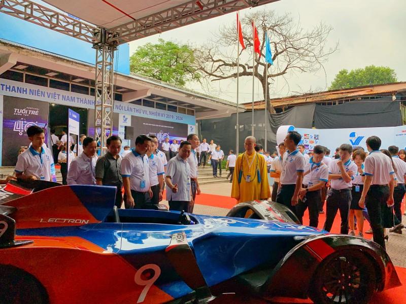 Cận cảnh siêu xe F1 made in Vietnam - Hình 1