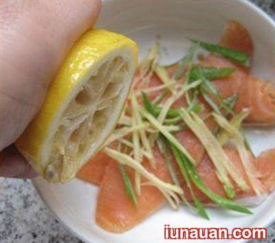 Thơm ngon bổ dưỡng với món cá hồi chiên mật ong ngon tuyệt ! - Hình 1