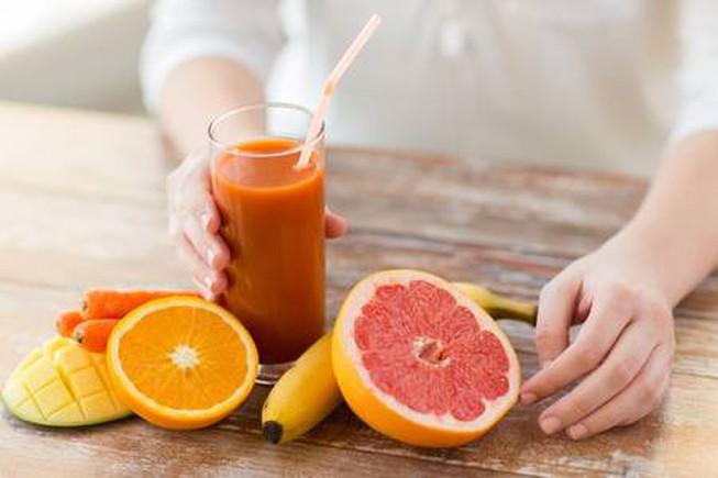Uống nhiều nước ép trái cây có thật sự tốt cho sức khỏe? - Hình 1