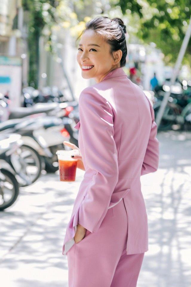 Chia sẻ triết lý, Ngô Thanh Vân bất ngờ nhận được bình luận mặn muối từ MC Nguyễn Cao Kỳ Duyên - Hình 1