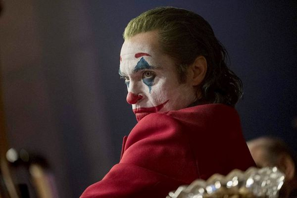 Gary Glitter sẽ không nhận được bất cứ khoản tiền bản quyền nào từ ca khúc trong phim Joker - Hình 1