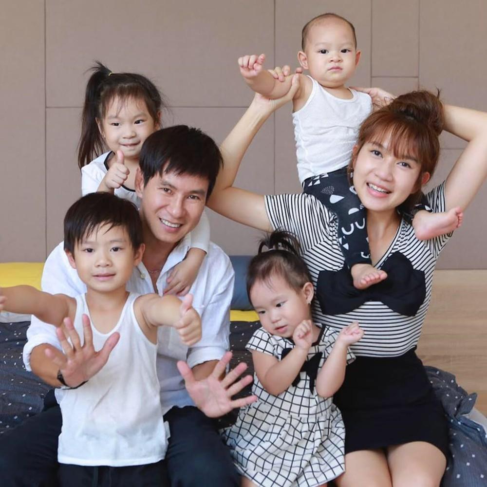 Lý Hải bất ngờ chia sẻ lý do không sinh con thứ 5 cùng với Minh Hà - Hình 1