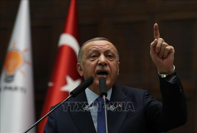 Tổng thống Thổ Nhĩ Kỳ cảnh báo nối lại chiến dịch tấn công người Kurd ở Syria - Hình 1
