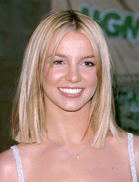 Những kiểu tóc cổ điển thập niên 90s cho phái đẹp đang gây sốt trở lại - Hình 11