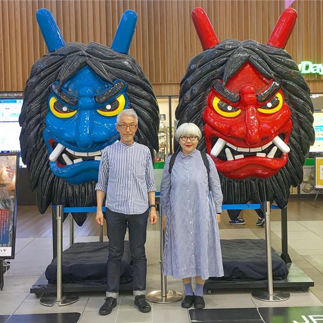 Cặp vợ chồng già Nhật Bản thành hiện tượng mạng vì luôn diện đồ đôi - Hình 2