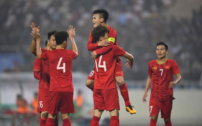 U22 Việt Nam căng như dây đàn ở SEA Games 30 - Hình 1