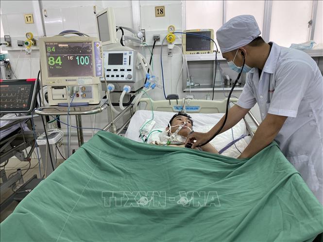 Cứu sống bệnh nhân ngưng tim nhờ quy trình báo động đỏ liên viện - Hình 1