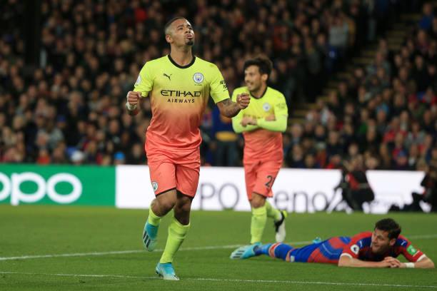 Crystal Palace 0-2 Man City: Không trung vệ, không sao - Hình 2