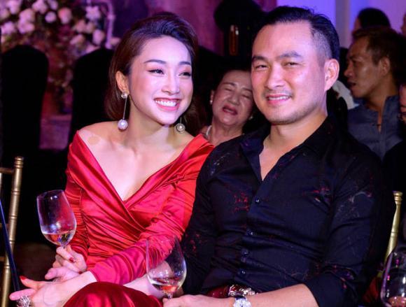 Diễn viên Chi Bảo gọi bạn gái mới là my love, sao Việt và bạn bè gửi lời chúc mừng - Hình 1