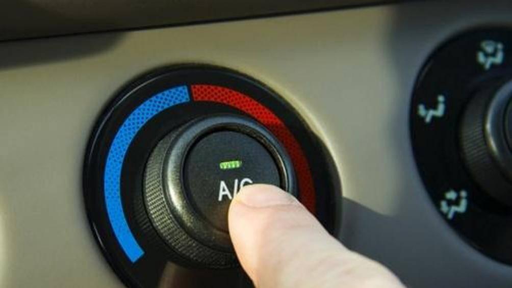 Mùa đông trời lạnh đi ô tô có cần bật điều hòa? - Hình 2