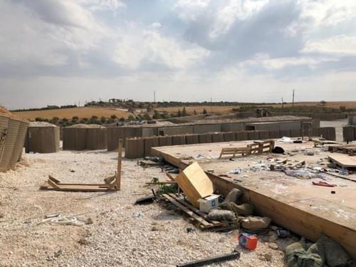 Mỹ tự phá hủy sân bay khi rời Syria - Hình 2