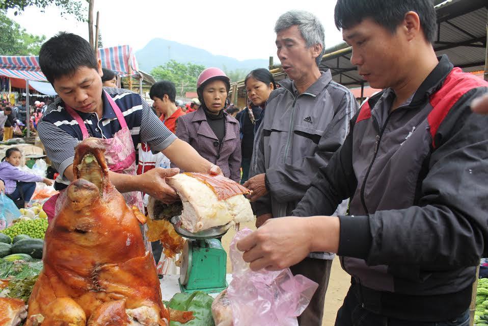 Ngắm rừng lợn quay ở Lạng Sơn, ai cũng phát thèm - Hình 3