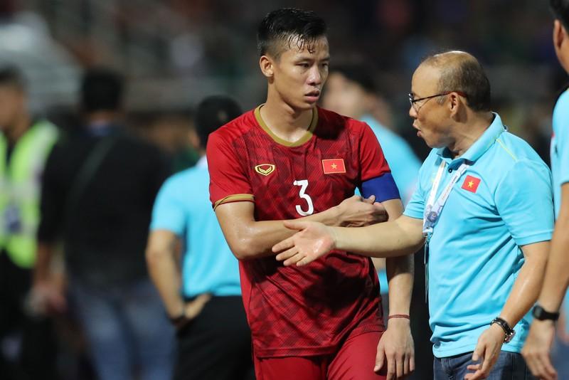 Ông Park đòi thắng, UAE và Thái Lan sốt sắng - Hình 1