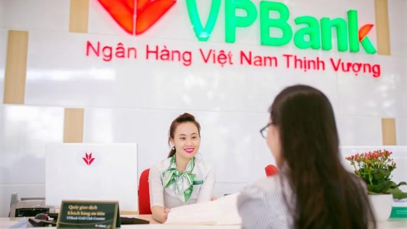9 tháng, VPBank trích lập dự phòng gần 10.000 tỷ, nợ xấu của cả FE Credit vẫn ngất ngưởng - Hình 1