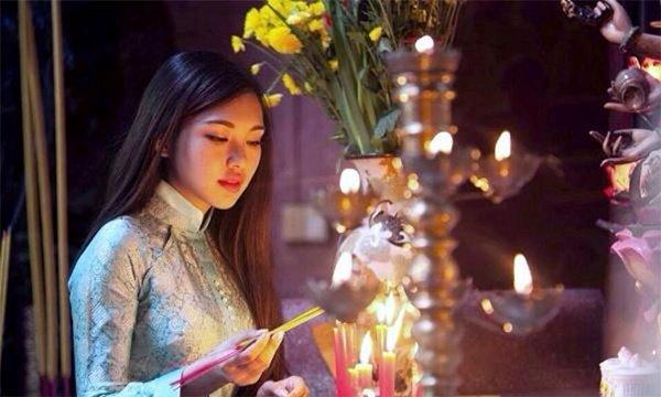 Đại kỵ khi đi lễ chùa cầu tài lộc, tình duyên, người Việt cần biết ngay để mà tránh - Hình 1